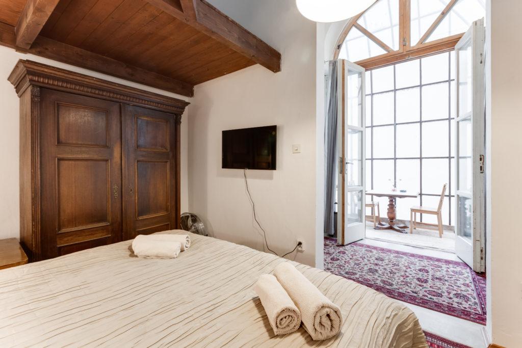 Praze Airbnb Apartments